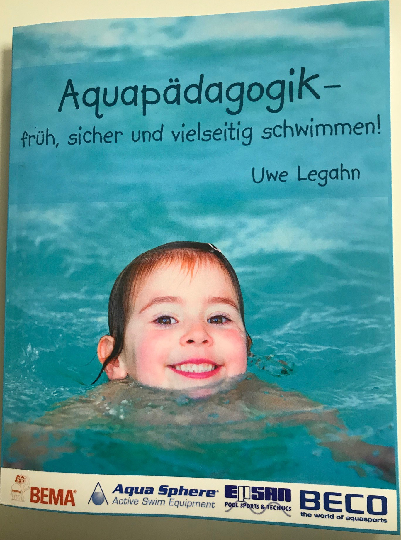 Translation of «Schwimmart» into 25 languages